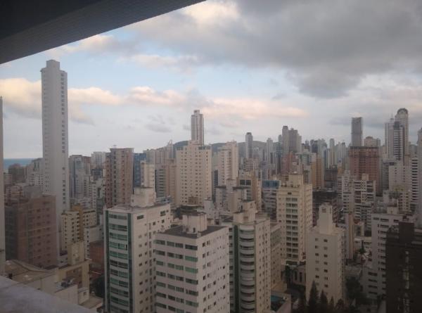Apto - Balneário Camboriú, SC